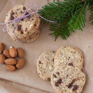 Småkager med Chokolade og Nødder