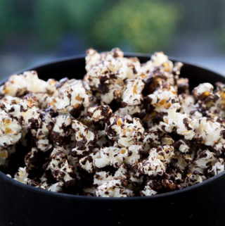 Popcorn med chokolade