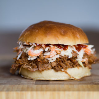 Opskrift på Pulled Pork Burger (Hjemmelavet Pulled Pork Burger)