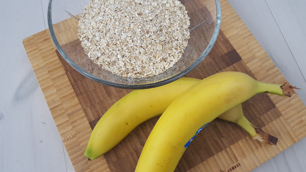Opskrift på sunde banan og havregrynskager