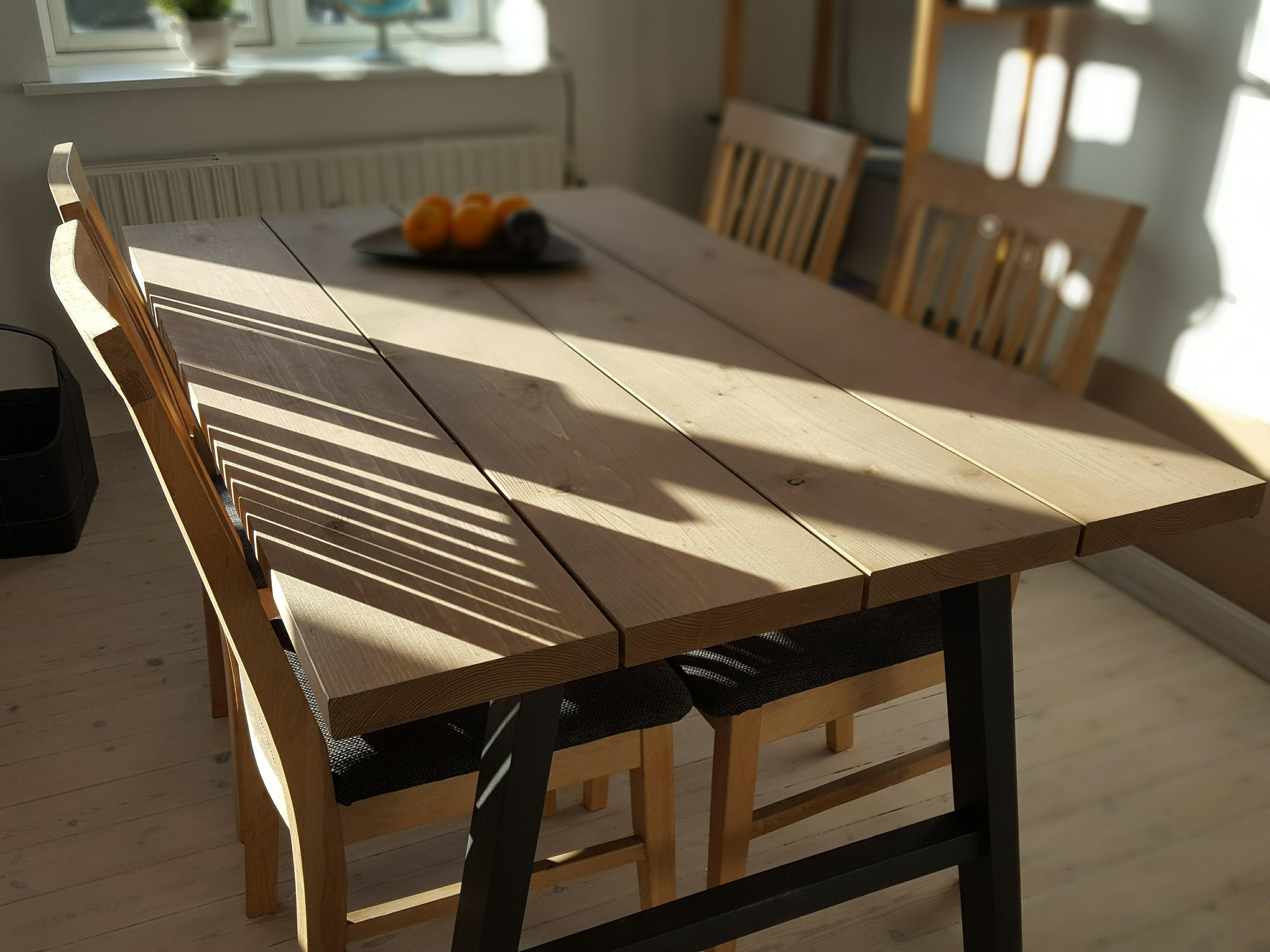 lav selv spisebord planker